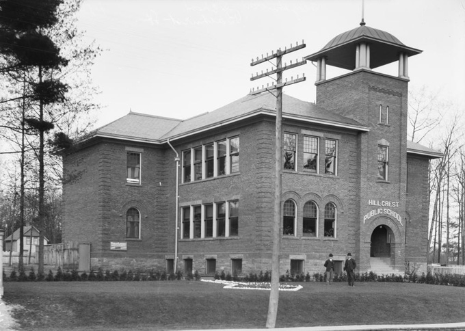 Hillcrest Public School, about 1909