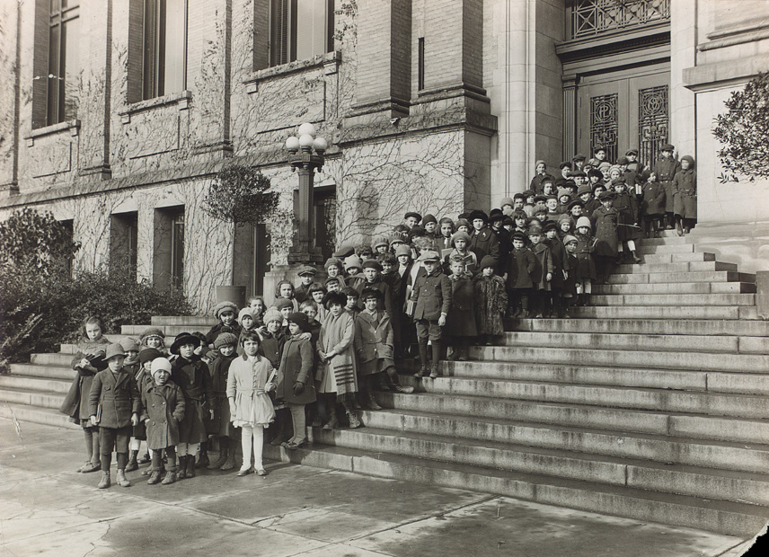 Waiting for the story hour, Central Library, College and St. George streets, about 1921