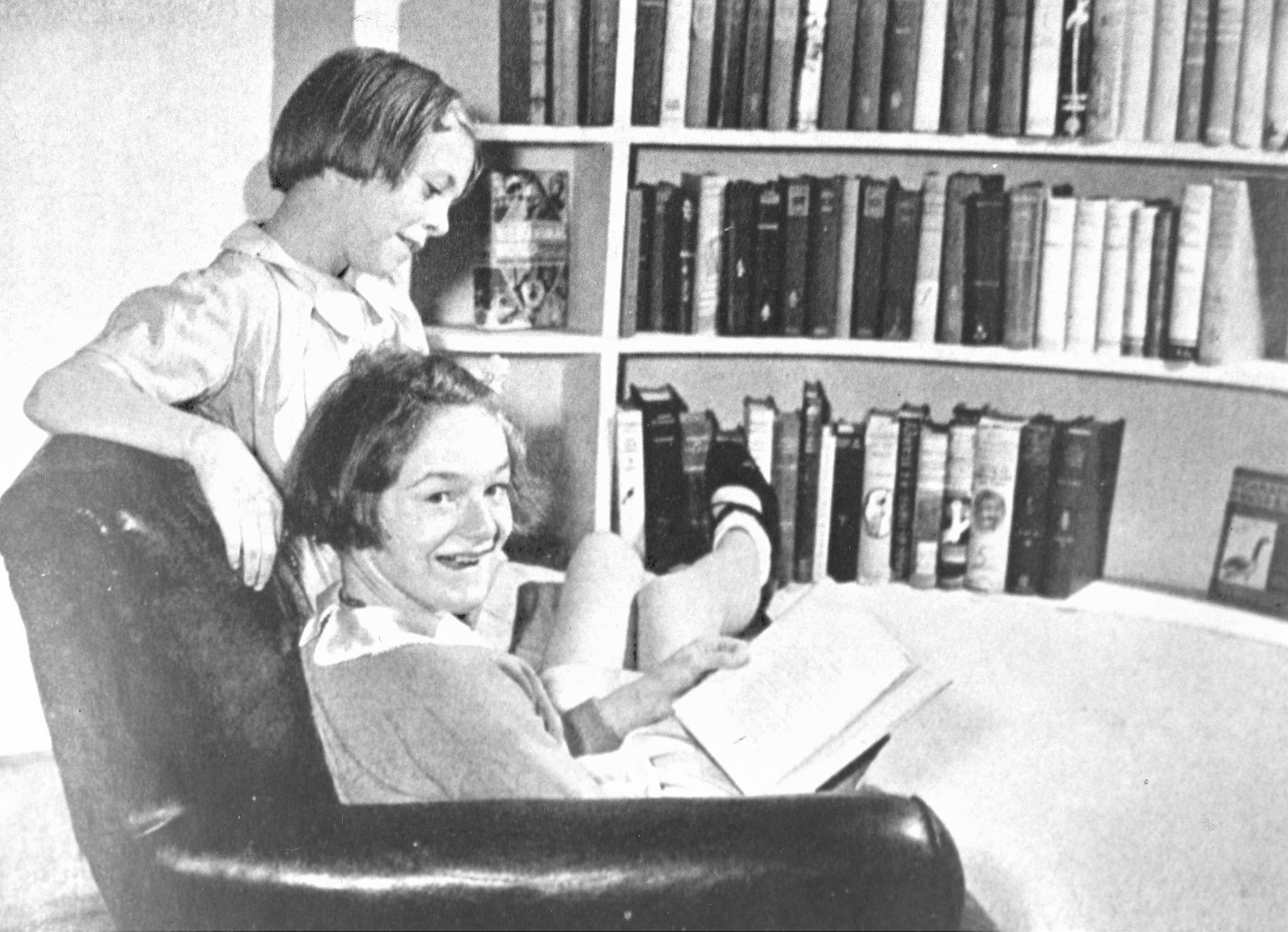 British children at Hart House library, 1940